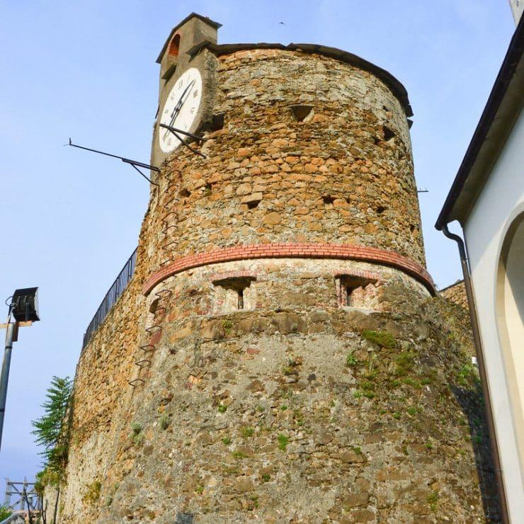 chateau de riomaggiore