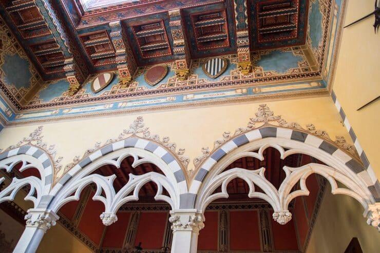 intérieur castello d'Albertis