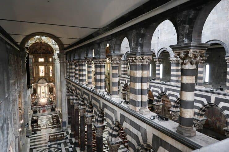 intérieur cathédrale gênes