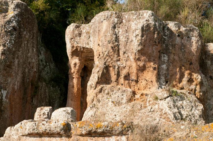 nécropole etrusque sovana