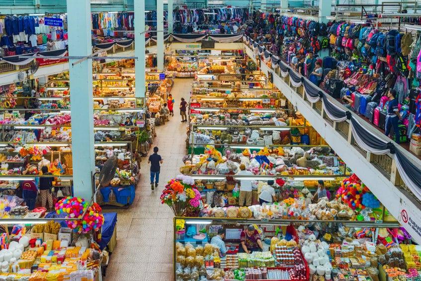 warorot market chiang mai