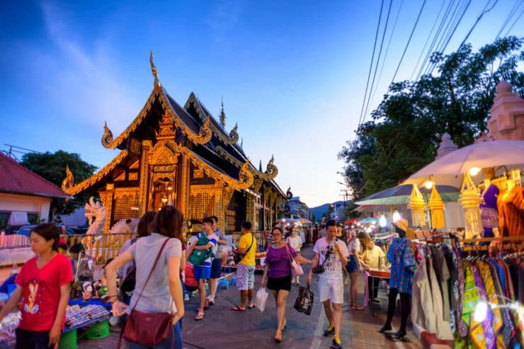 marché du dimanche chiang mai